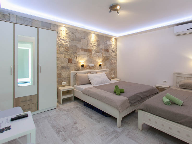 . Villa Mike Mostar   Modern Rooms   Accommodation with swimming pool